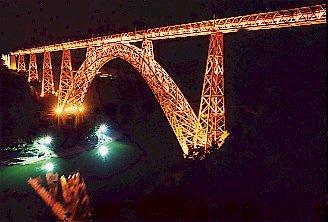 Le Viaduc de Garabit sur France 3 Garabit_nuit